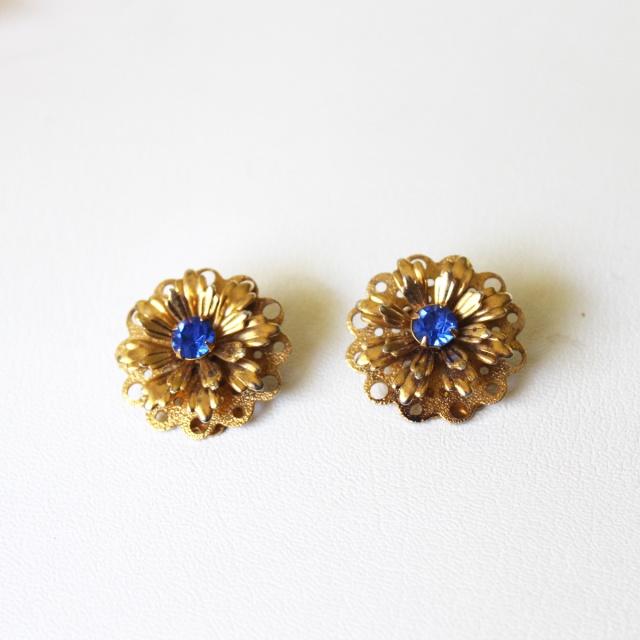 Cobalt Blue Flower Rhinestones 1