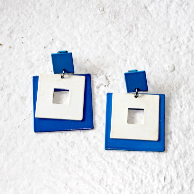 Mod 60s Clip On Blue Earrings 1
