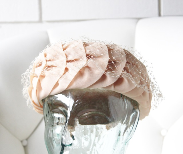 Peach Gathered Hat 2