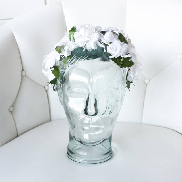 White 1950s Flower Wedding Headband 1
